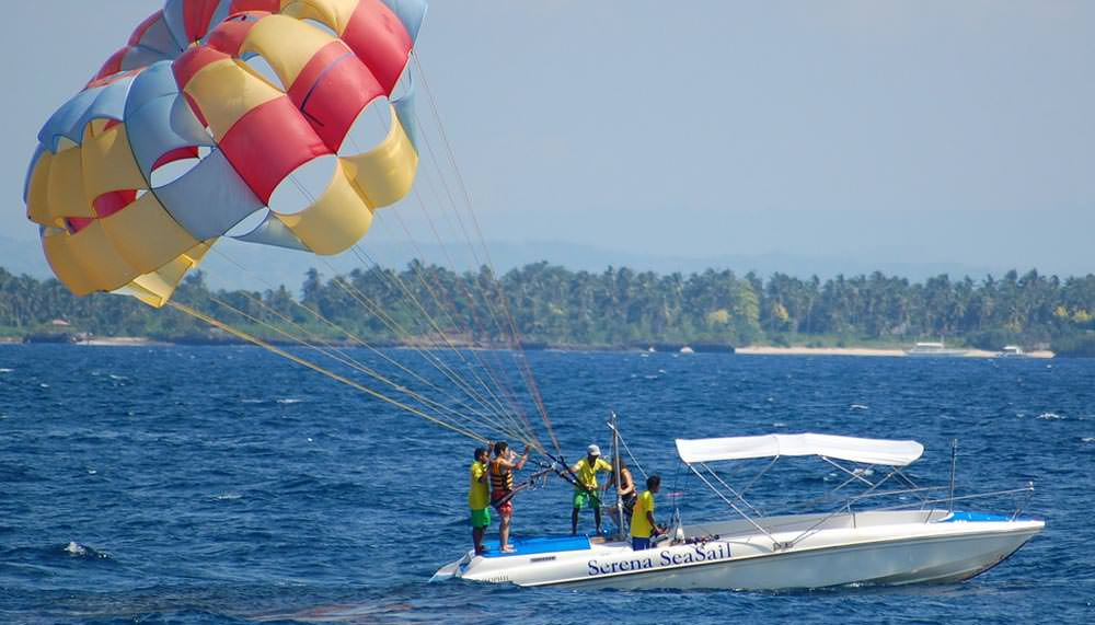 Parasailing in Andaman Islands